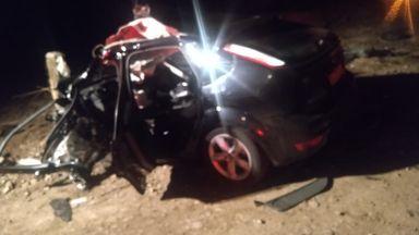 Carro fica completamente destruído em acidente na SC 135