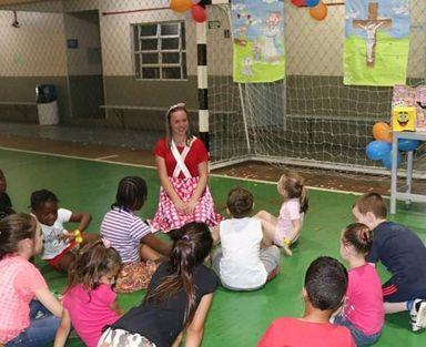 Projeto voluntário promove atividades diferenciadas para toda a comunidade