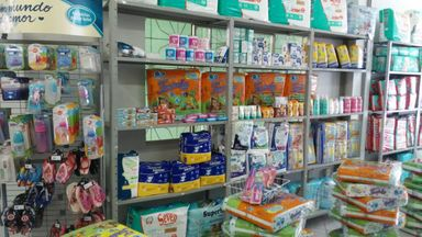 Vendo loja montada, com freguesia, localizada no centro de CAMPOS NOVOS