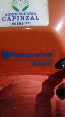 Roçadeira Husqvarna 236R seminova