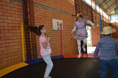 Arraiá do Bem envolve 150 crianças em Joaçaba