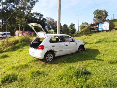 Saída de pista é registrada na SC 150 em Lacerdópolis