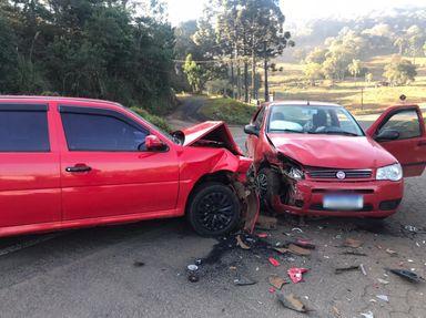 Acidente envolvendo dois veículos é registrado em Luzerna