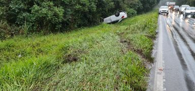 Família é vítima de acidente na BR-282 em Joaçaba