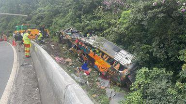 Confirmadas 19 mortes no acidente com ônibus no PR
