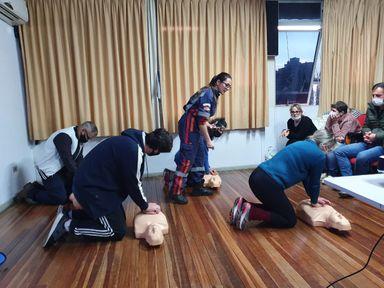 Professores da Rede Municipal de Ensino de Joaçaba realizam capacitação sobre primeiros socorros