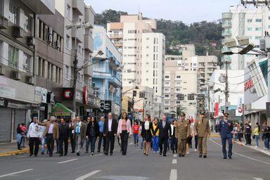 Joaçaba realiza Desfile Cívico de 7 de setembro