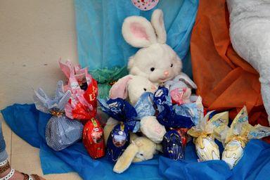 Doação de ovos de Páscoa faz a alegria de 96 crianças do CEI Nossa Senhora de Lourdes
