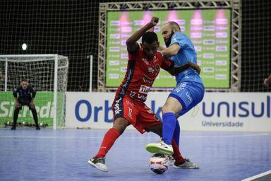 Joaçaba Futsal enfrenta o Tubarão nas quartas de final da Taça Brasil