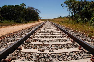 Definido consórcio que irá fazer os estudos e o projeto da Ferrovia da Integração