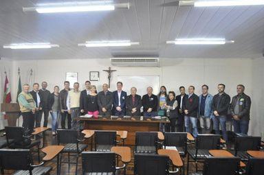 Candidatos a Prefeito de Joaçaba assinam moção e se comprometem a instituir o VISAT