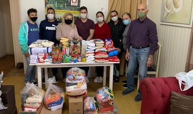 Acadêmicos de Odontologia realizam doação de alimentos para o Abrigo do Coração