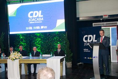 Empossada a nova diretoria da CDL/Joaçaba