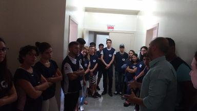 Alunos conhecendo o Hospital São Roque