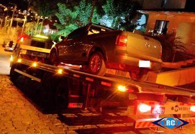 Condutor tenta fugir da PM, é preso e recebe mais de R$ 31 mil em multas