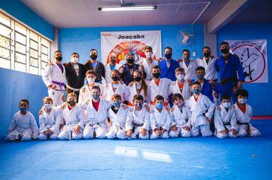 Instituto Phoenix Joaçaba realiza a graduação das turmas pequenos Samurais e a turma adulta da Escola Monte Team
