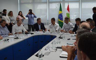 Reunião de articulação entre Associações de Municípios e Governo do Estado
