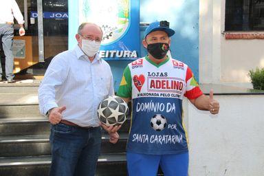 Recordista Mundial, Martinho das Embaixadinhas, visita Joaçaba