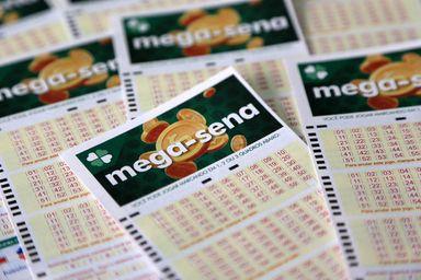 Mega-sena sorteia R$ 3 milhões neste sábado (09)