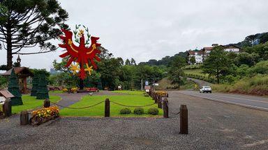 Conheça a história do município de Treze Tílias