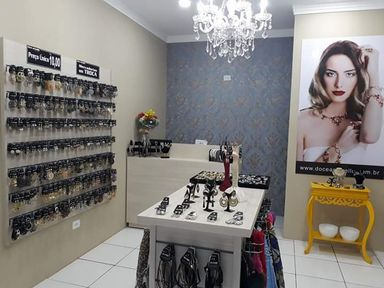 Vende-se loja Doce Amarello Bijoux