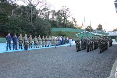 Tiro de Guerra de Joaçaba comemora o Dia do Soldado com solenidade