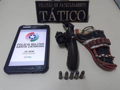 Polícia apreende arma e munições em Joaçaba