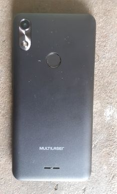 Vendo celular Multilaser semi novo