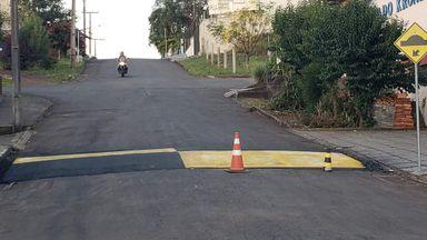 Um dia após o acidente o local recebeu pintura provisória e foram colocados cones